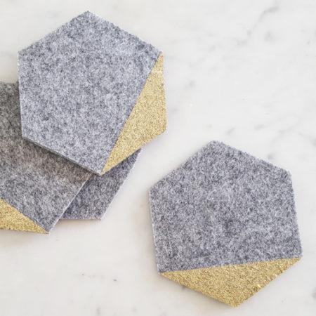 Untersetzer Hexagon filz grau mit gold